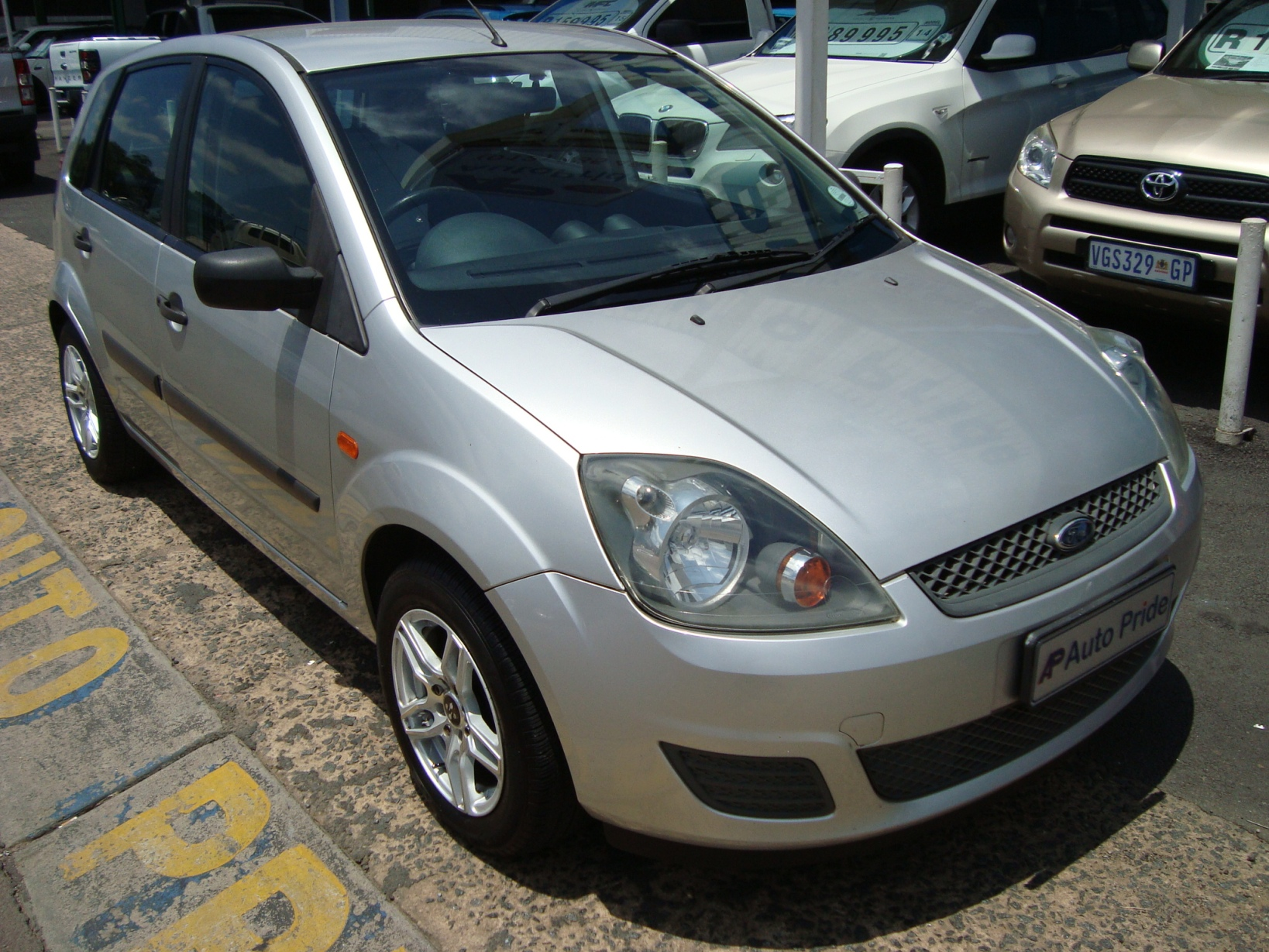 Ford Fiesta 1.4i 5dr full