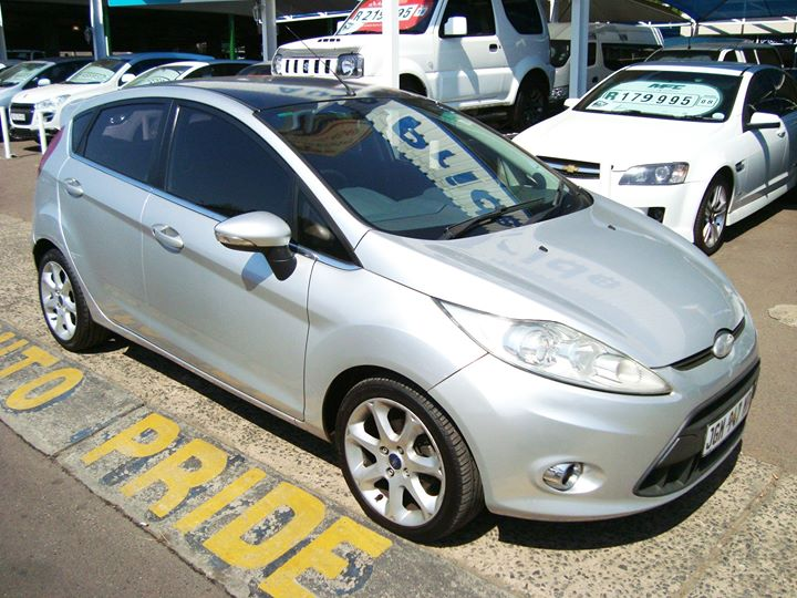 2009 Ford Fiesta 1.6i Titanium 5DR @ R110 000  http://a...