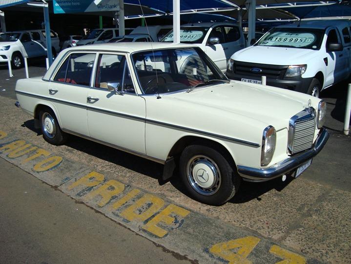 1972 Mercedes-Benz 230.6 https://autopride.co.za/listin...