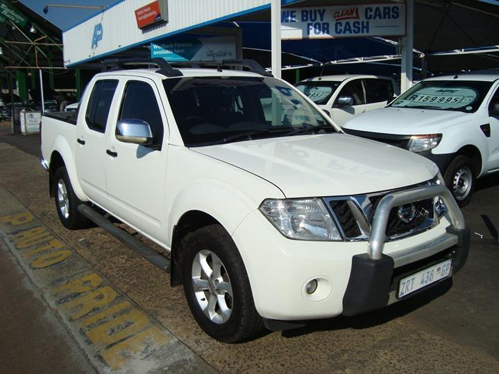 2010 Nissan Navara 2.5 Dci Le 4x4 P/u D/c https://autop...